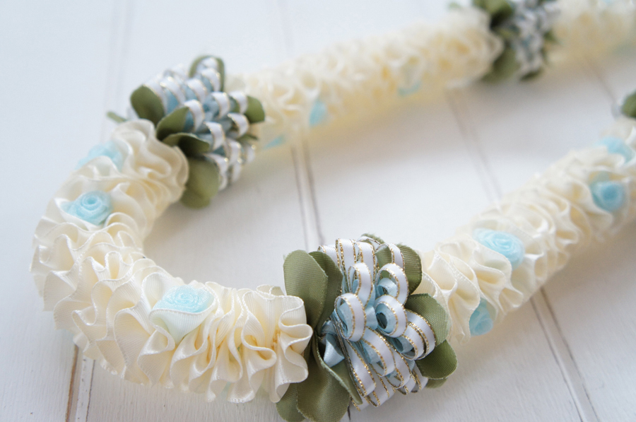 Wedding Petit Rose Lei